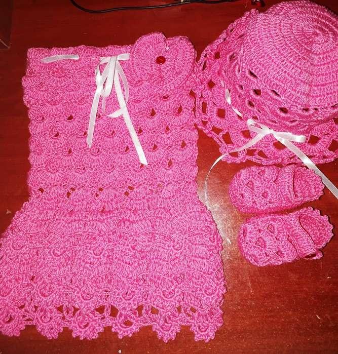 <strong>ropa</strong> para Nena a Crochet