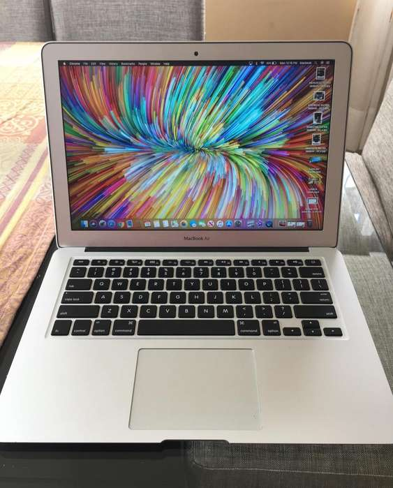 MacBook Air 13'' 2015 Intel Core i5 MacOS Mojave