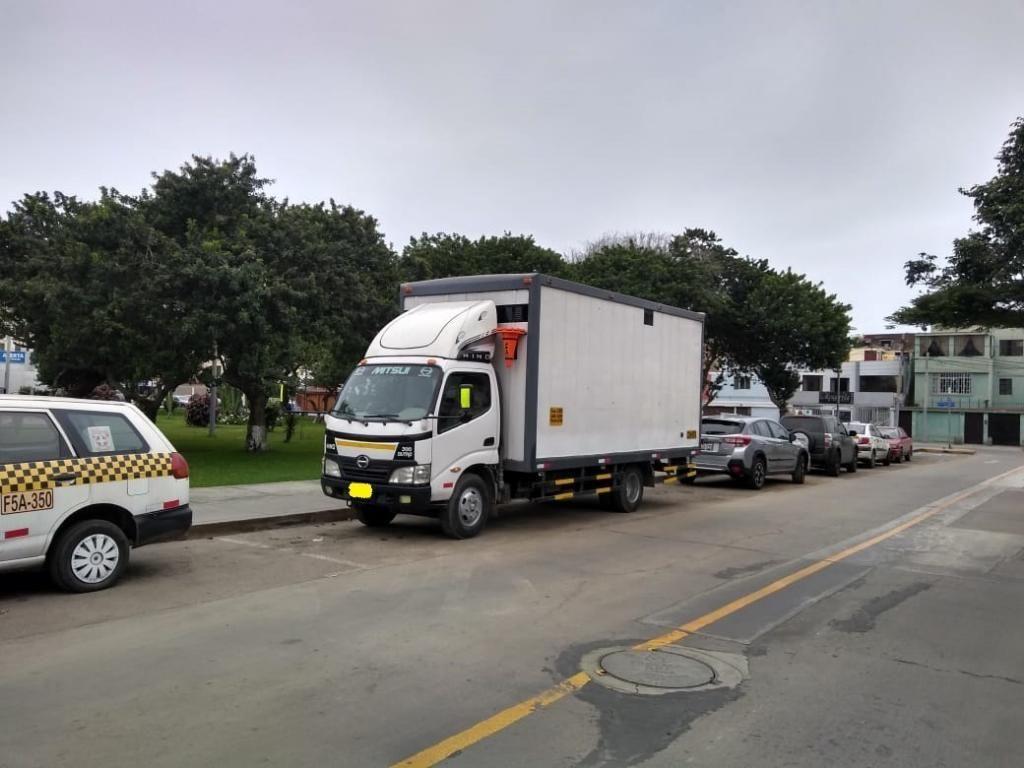 EN VENTA Camión de Carga Hino Dutro 2011