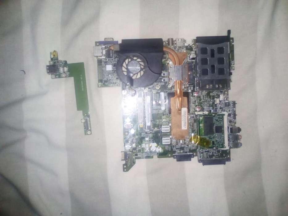 Vendo repuestos para Portatil Acer Travel 2480 125mil Whatsapp 3002007980