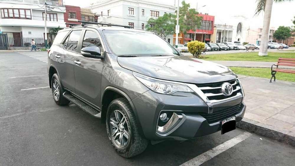 Toyota Fortuner 2017 - 24000 km