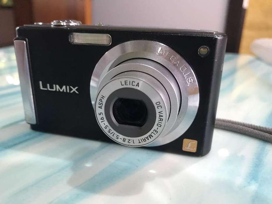 Camara <strong>digital</strong> Lumix 16Megapixeles