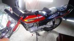 Vendo Moto en Buen Estado Todo Original