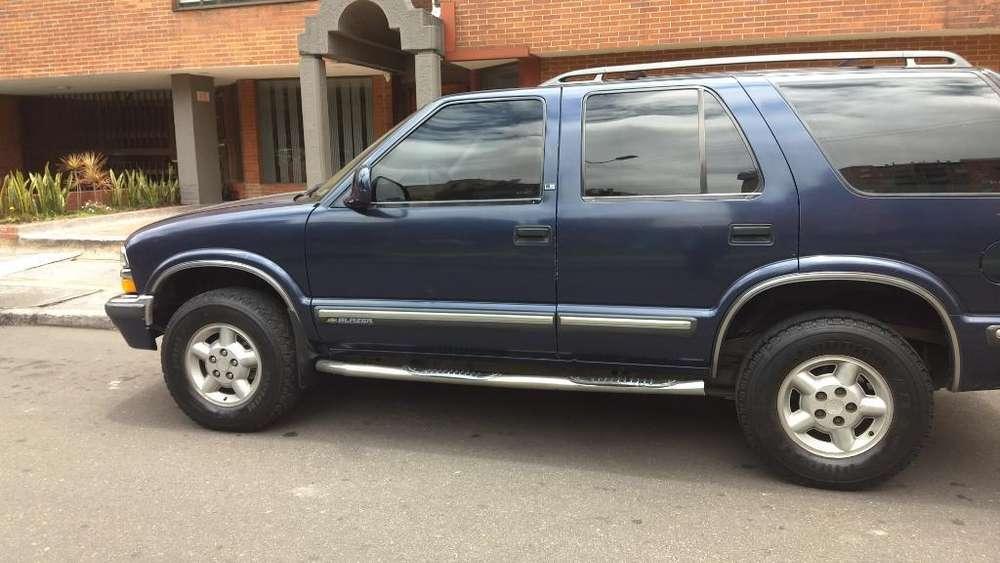 Chevrolet Blazer 1998 - 202000 km