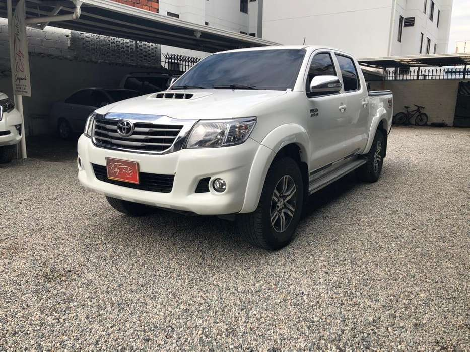 Toyota Hilux 2016 - 82000 km