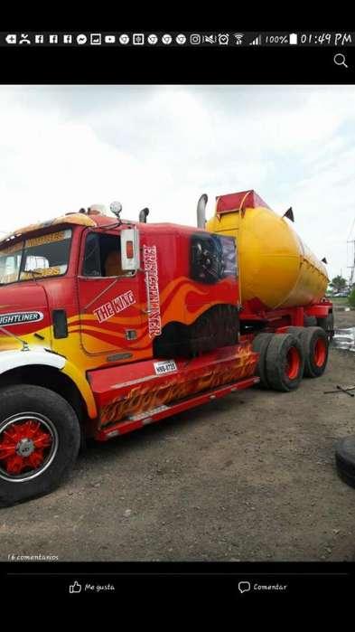 Freightliner 94 Rojo Freightliner 95 Neg