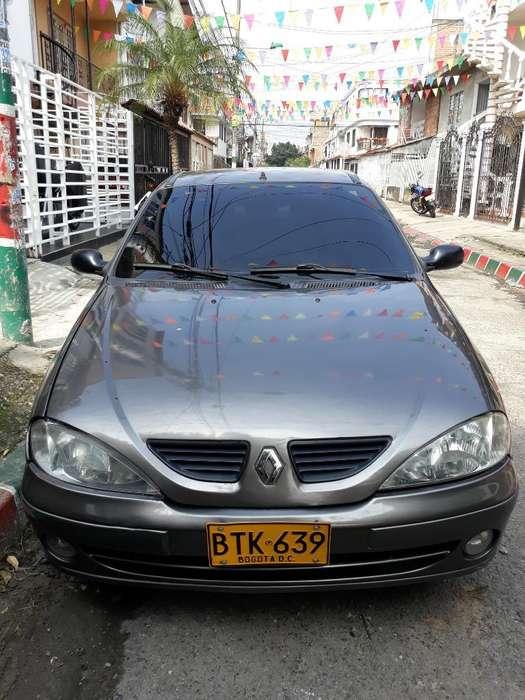 Renault Megane  2006 - 142800 km