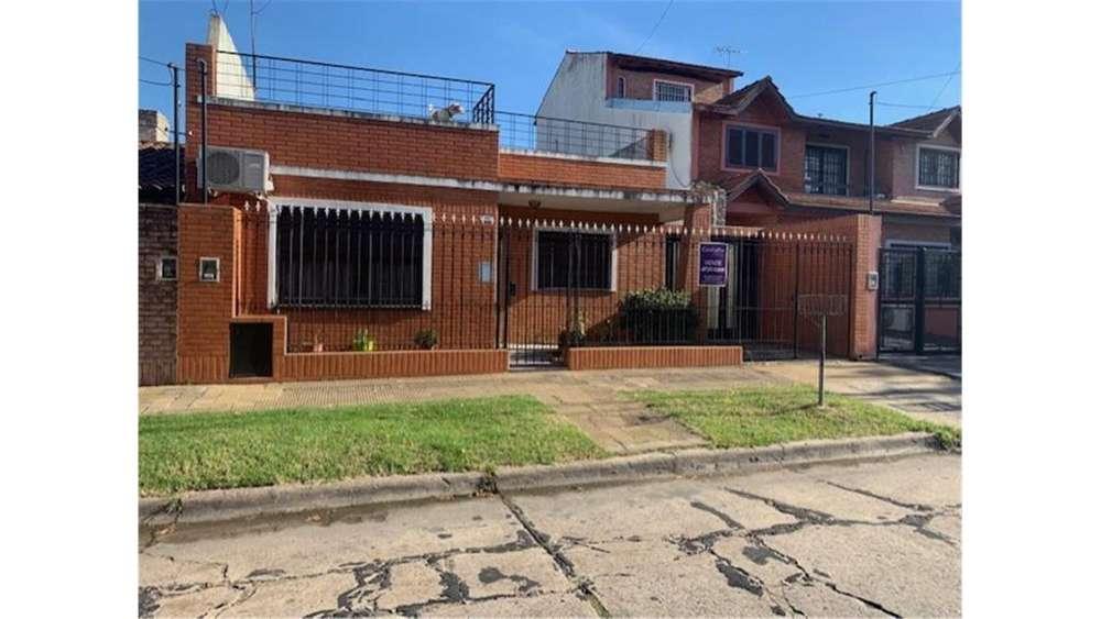 Matheu 2283 - UD 180.000 - Casa en Venta