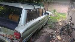Vendo Ford Falcon Rural