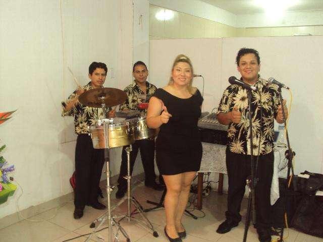 Grupo Musical con la mejor Variedad Musical-927835447