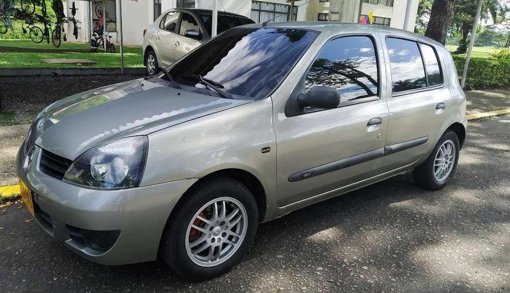 Renault Clio  2014 - 84000 km