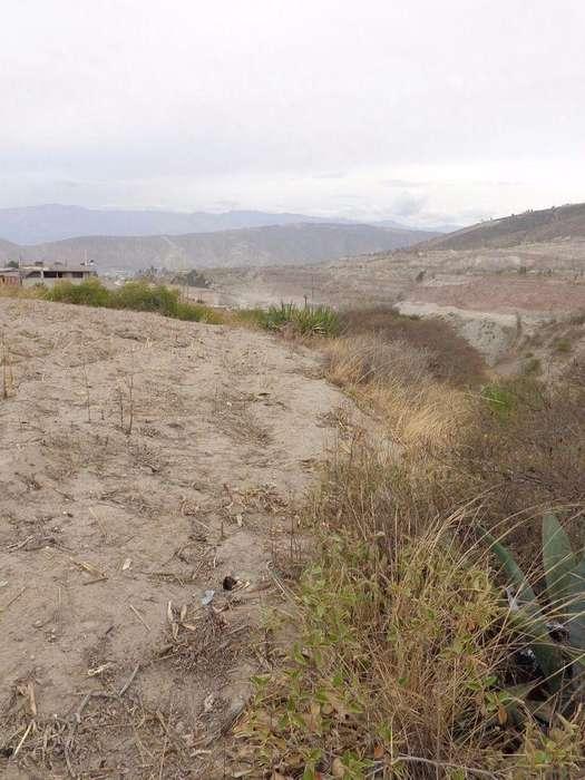 Mitad del Mundo, Vía Calacalí, Vendo Terreno,. 2700 m2