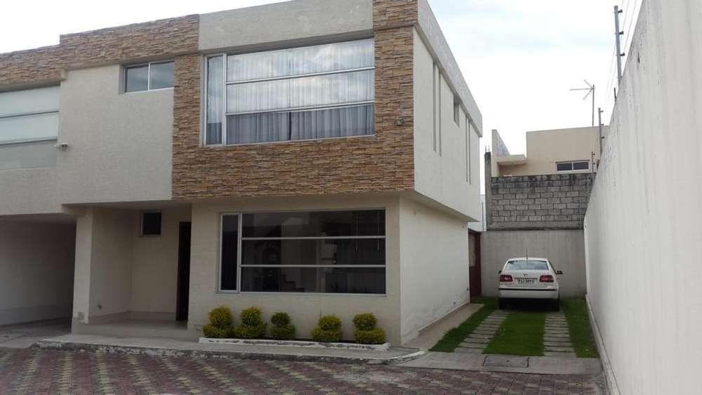Arriendo, Renta, Alquiler. Hermosa Casa Sector Sangolqui.