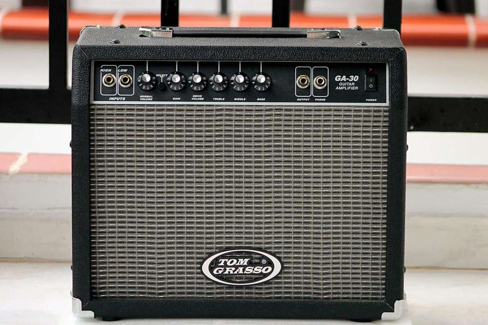 Amplificador Guitarra Eléctrica Tom Grasso
