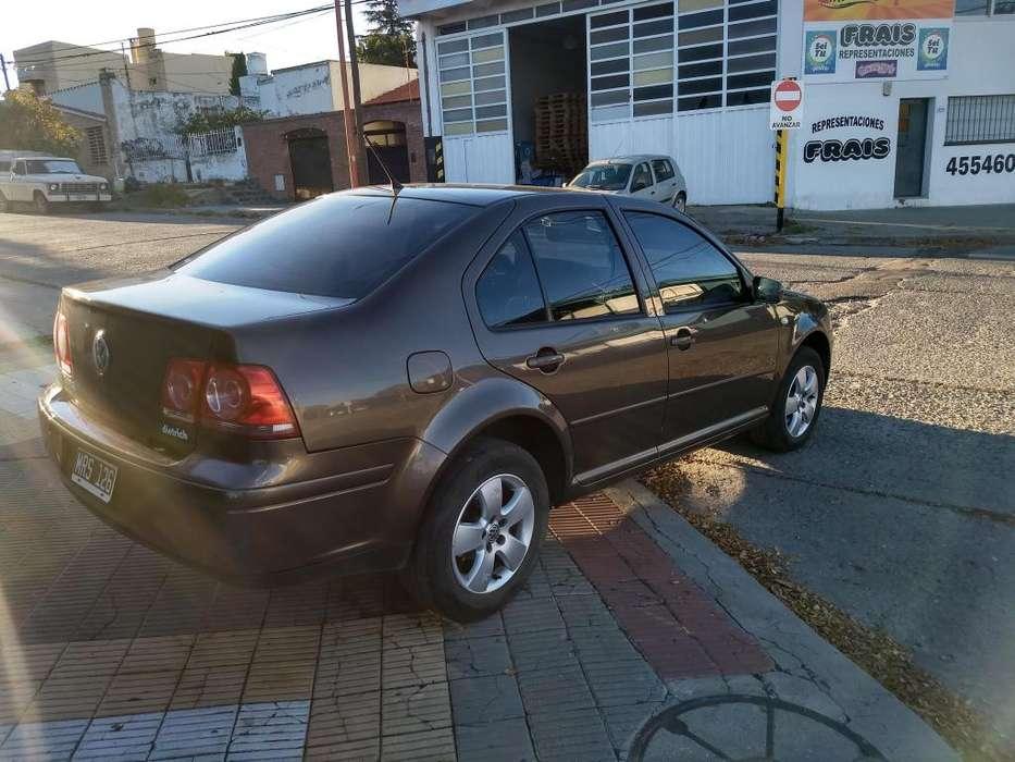 Volkswagen Bora 2013 - 104090 km