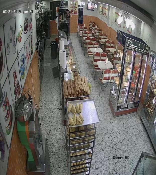 Panaderia Pasteleria Via Principal
