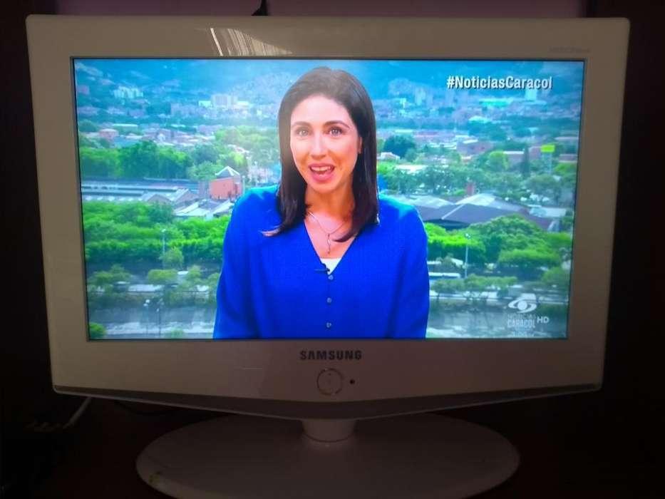 Vendo Tv Samsung Pantalla Plana Blanco