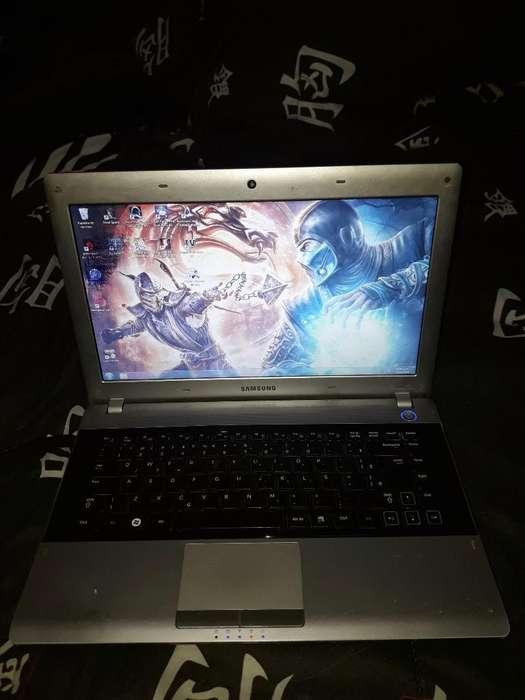 Vendo Laptop Samsung Rv411