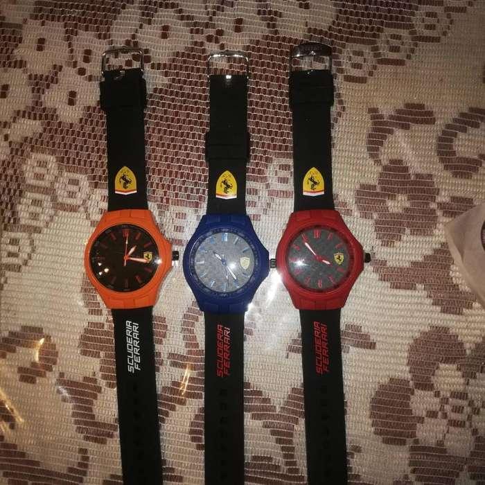 Reloj de Hombre Y Mujer. Smart Watch