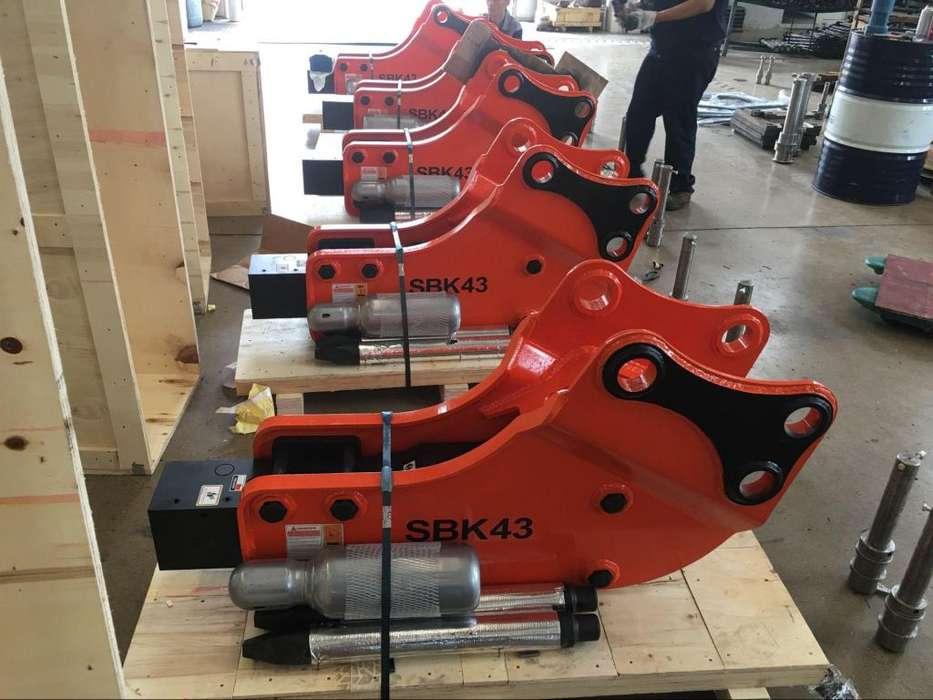 martillo hidraulico nuevo para retroexcavadora CAT 420 CAT 430