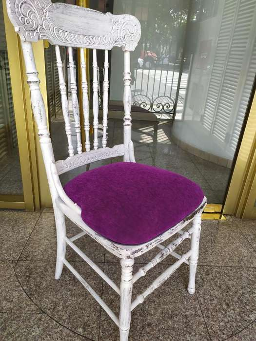 2 <strong>sillas</strong> de Estilo Restauradas a Nuevo