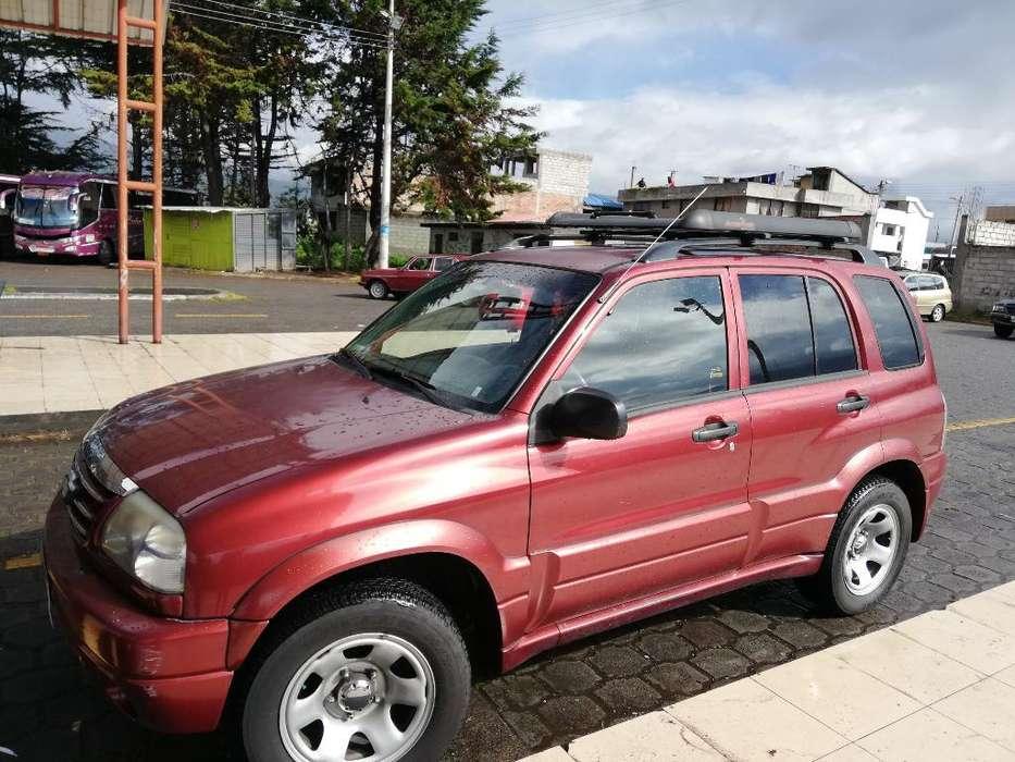 Chevrolet Grand Vitara 2012 - 153000 km