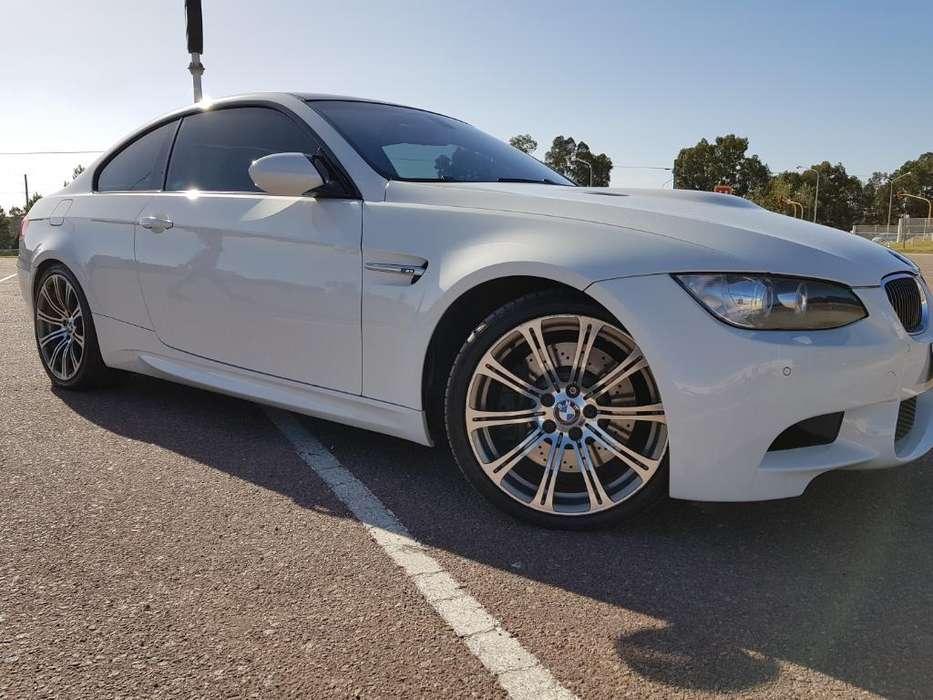 BMW M3 2009 - 33000 km