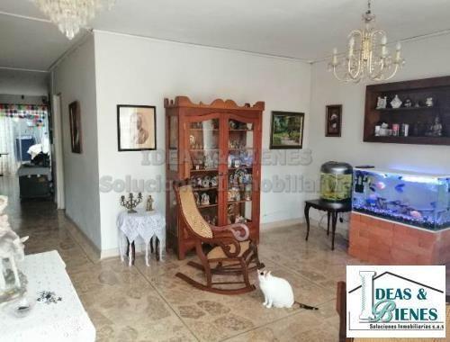 Casa En Venta Medellìn Sector Simón Bolìvar: Còdigo 877742