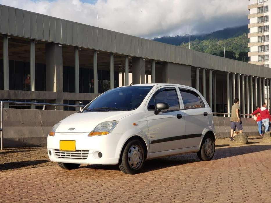 Chevrolet Spark 2014 - 50000 km