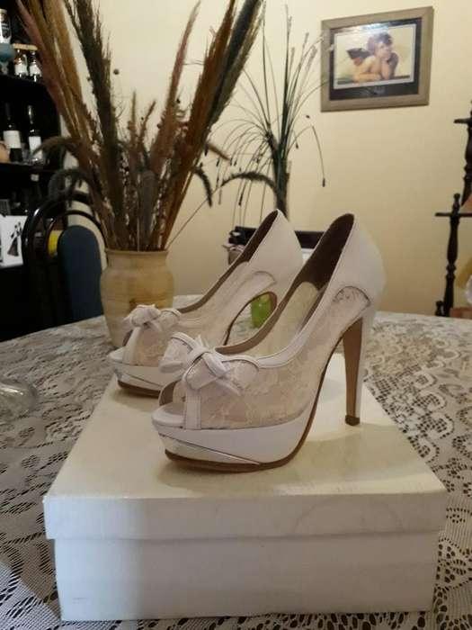 Zapatos Blancos.talle 37