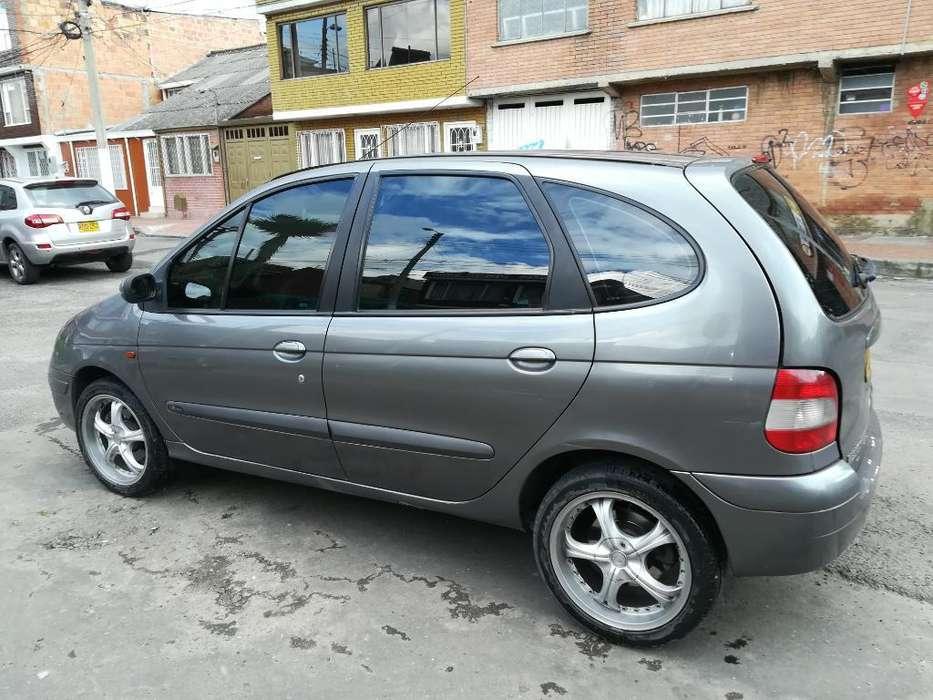 Renault Scenic  2003 - 132000 km