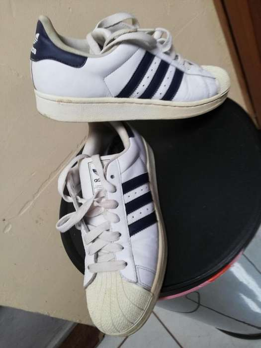 TENNIS ORIGINALES ADIDAS