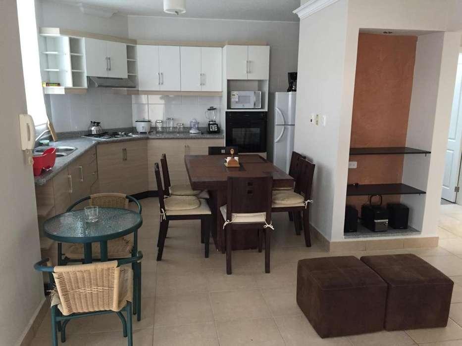 Departamento Tonsupa tres dormitorios Tonsupa sector Club del Pacífico