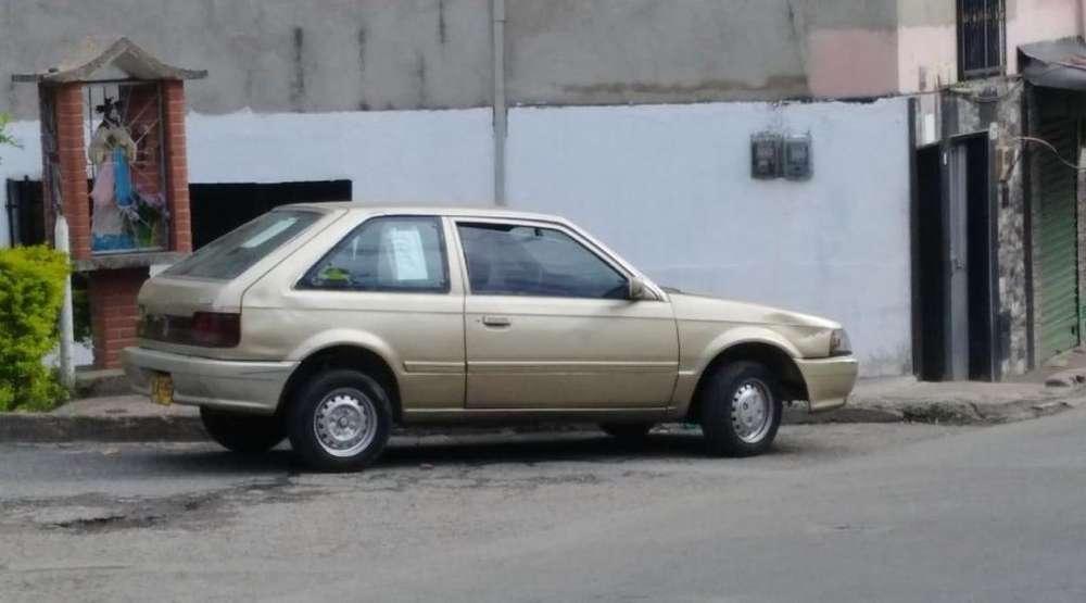 Mazda 323 1992 - 372359 km