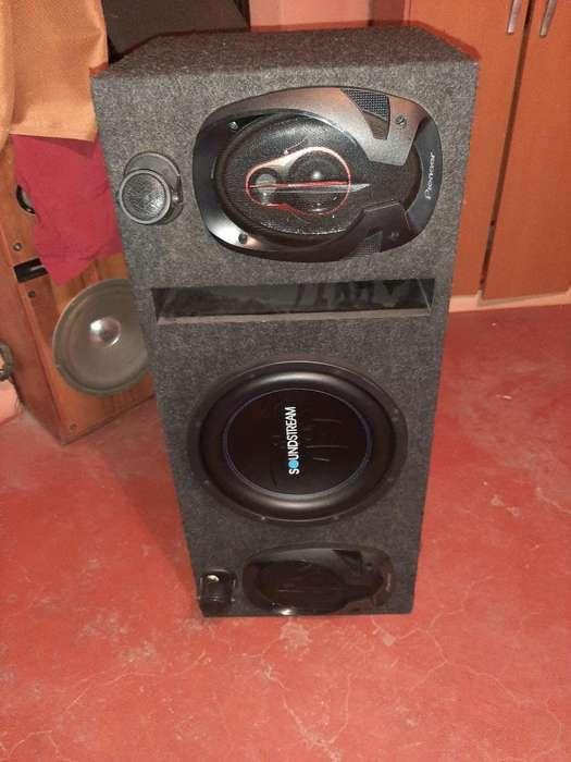Vendo Caja de Audio Nueva