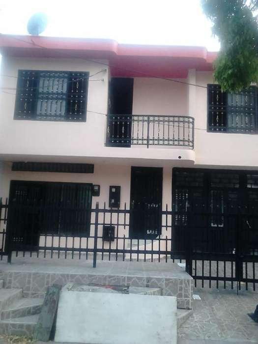 se arrienda <strong>casa</strong> barrio cándido