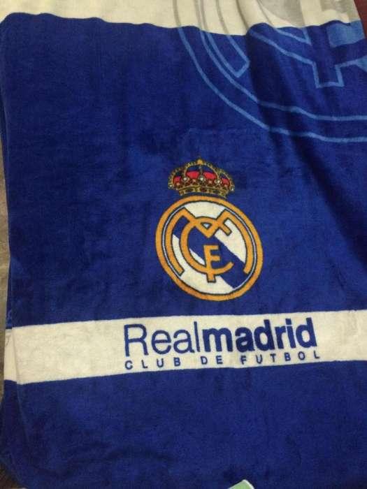 Cobija Real Madrid
