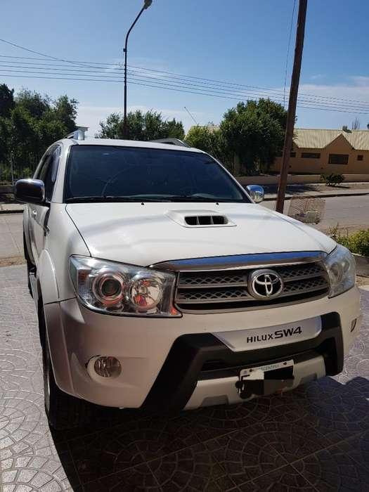 Toyota Hilux SW4 2011 - 145000 km
