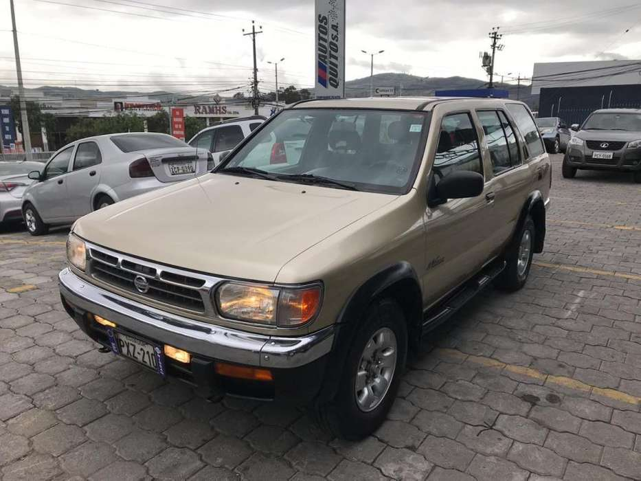 <strong>nissan</strong> Pathfinder 1999 - 270000 km