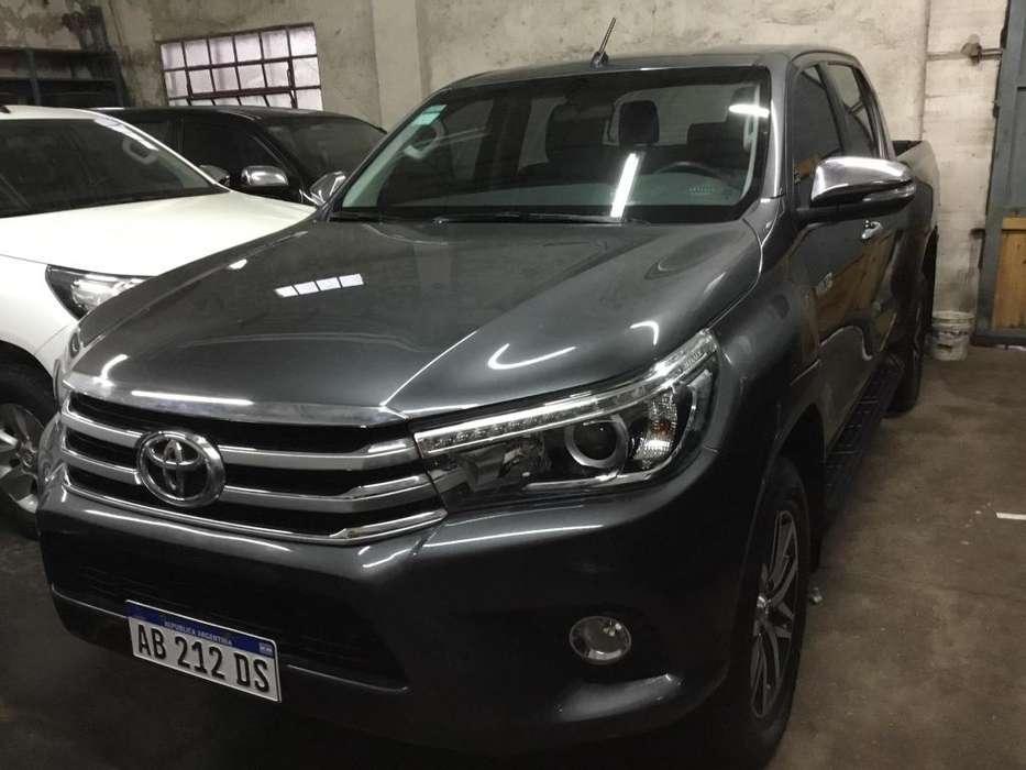 Toyota Hilux 2017 - 19000 km