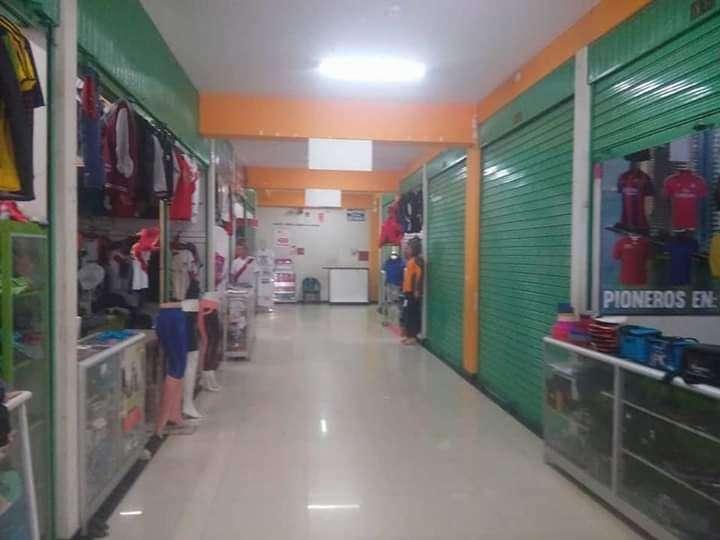 Venta de stand en la ciudad de huancayo mayor inf al 916479464