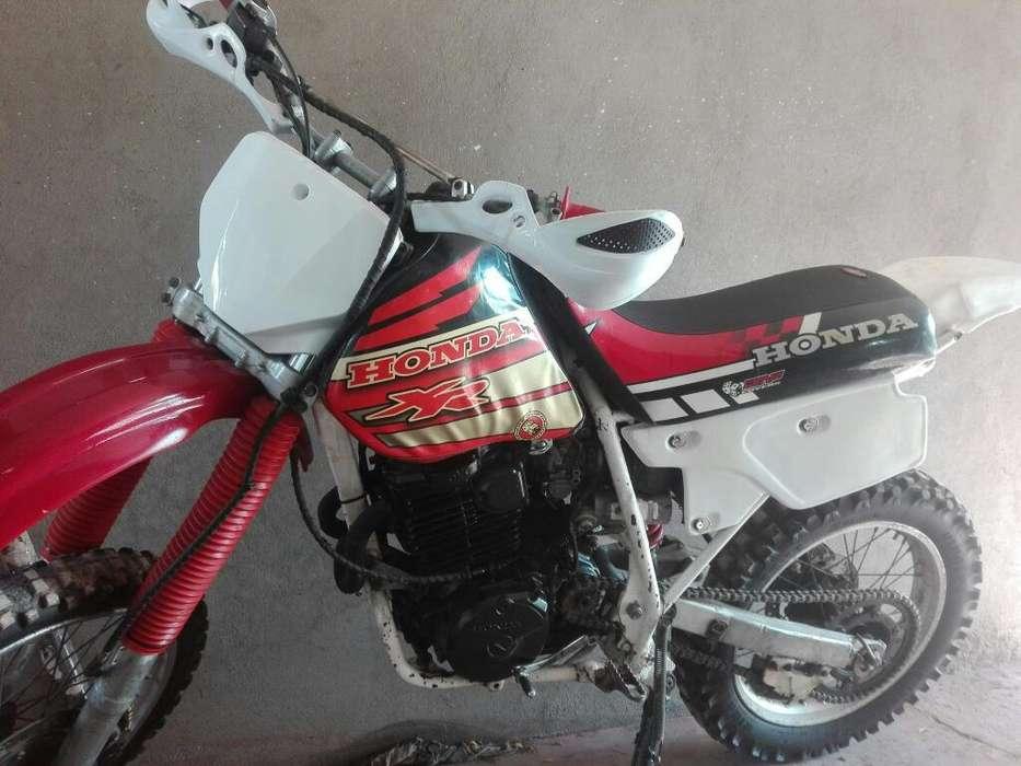 <strong>honda</strong> Xr 600 R