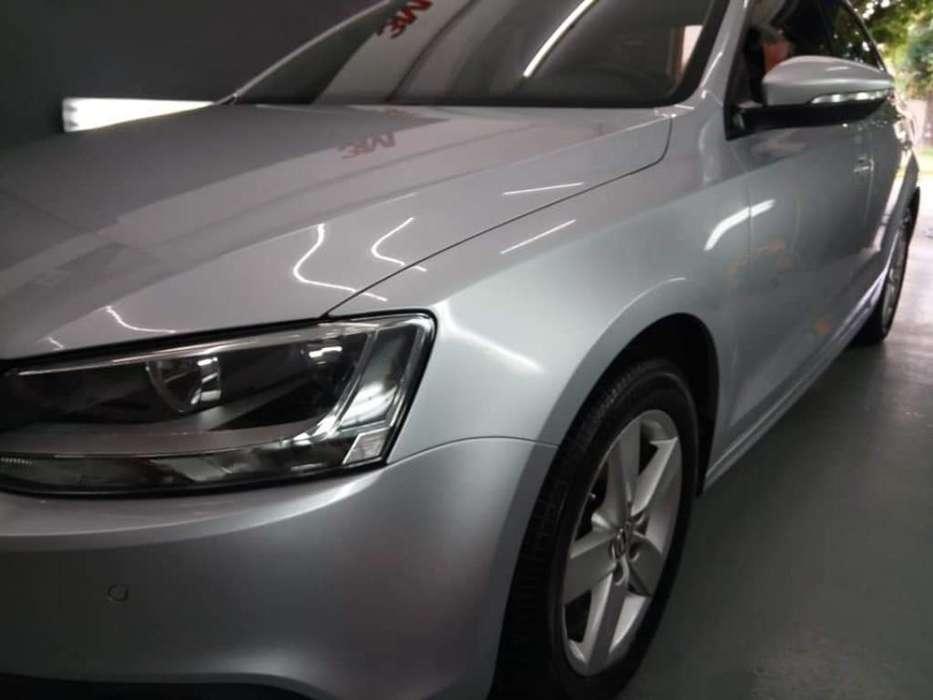 Volkswagen Vento 2012 - 100000 km