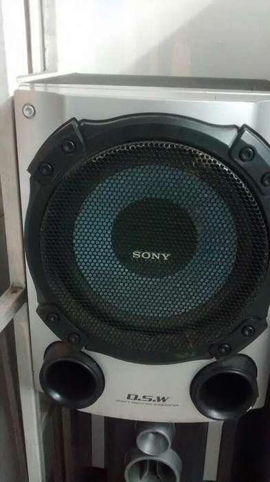 bajo Profundo de 8 Pulgadas Sony