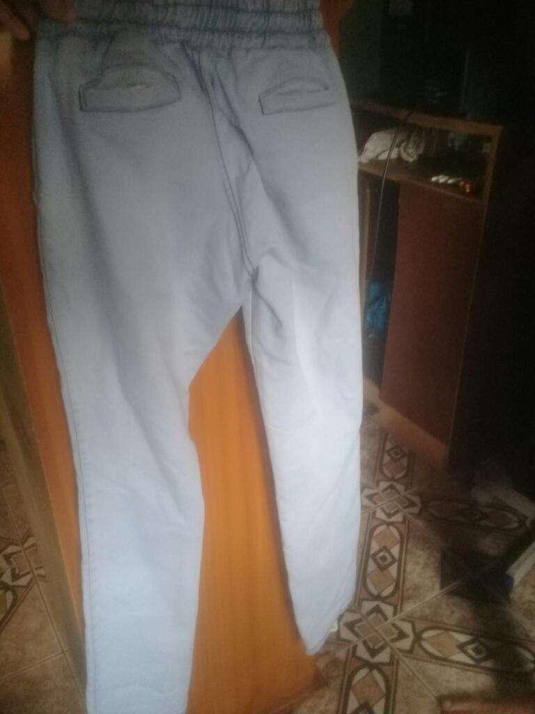 Vendo Jeans de Mujer Talle 46