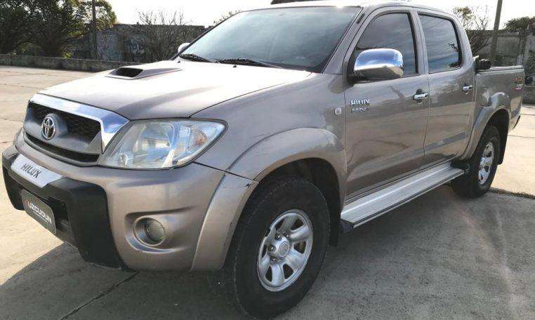 Toyota Hilux 2011 - 236000 km