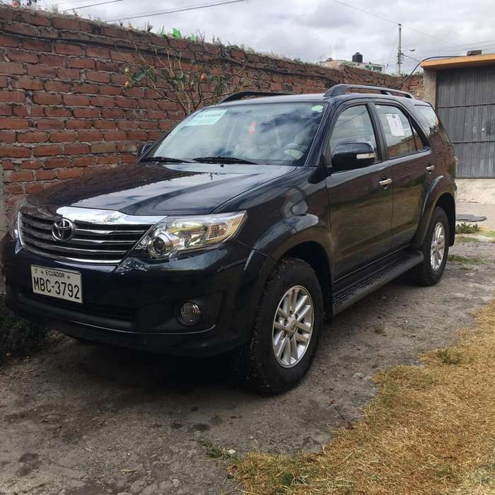 <strong>toyota</strong> Fortuner 2015 - 7000 km