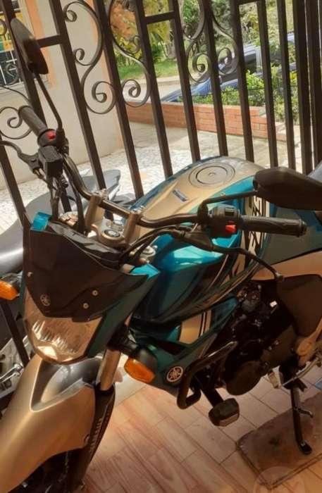 Vencambio Hermosa Moto<strong>yamaha</strong> Fz Fi 2020