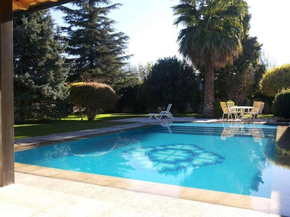 dq64 - Casa para 2 a 5 personas con pileta y cochera en San Rafael