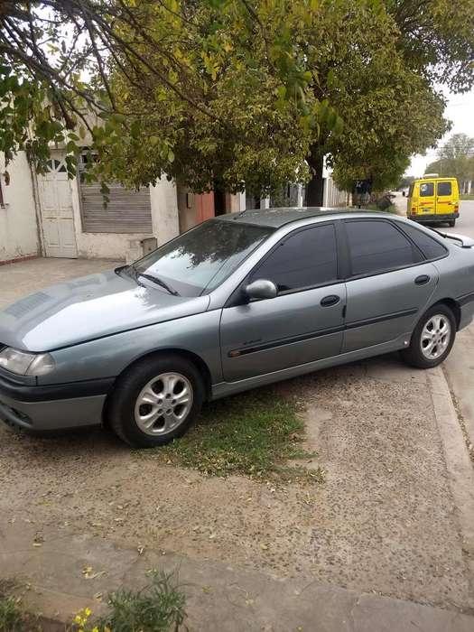 Renault Laguna  1998 - 200 km